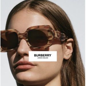 Burberry   Delilah Sunglasses in Spotted Horn
